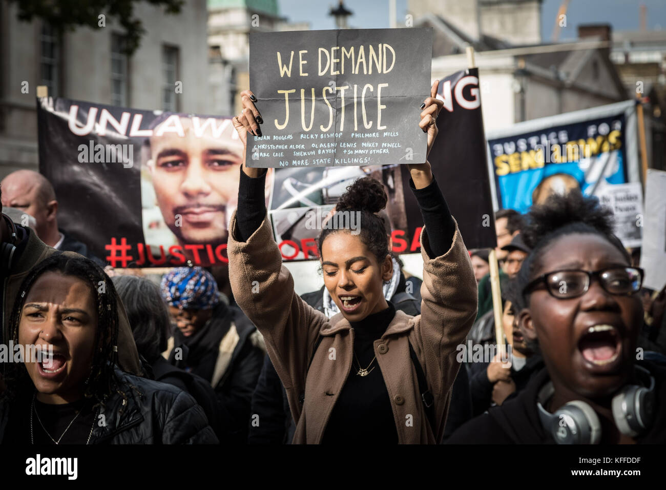 London, UK. 28th Oct, 2017. 19th Annual remembrance procession protest march by United Families and Friends Campaign - Stock Image