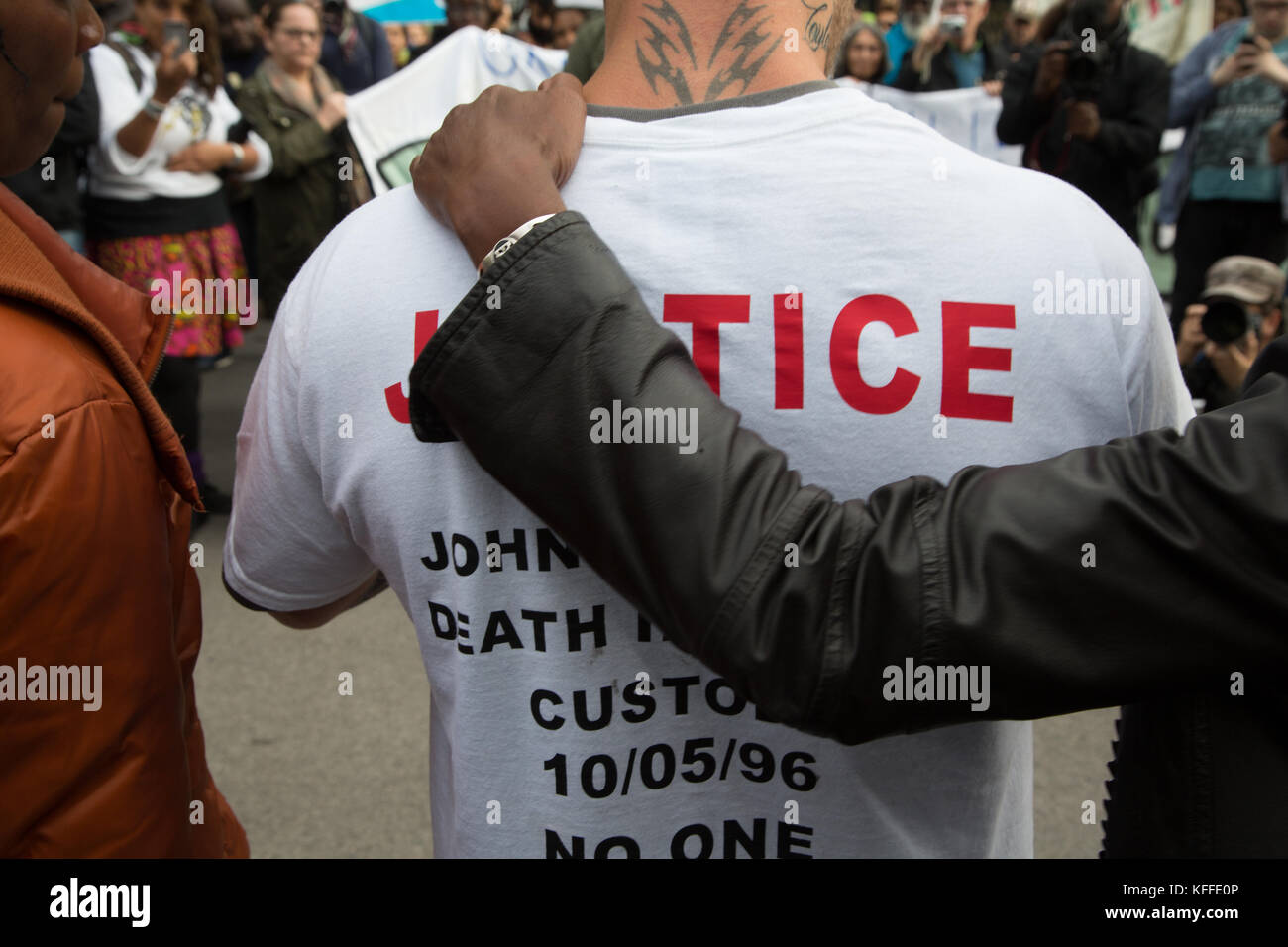 London, UK. 28th Oct, 2017. Demonstration to remember those who have died in police custody. Credit: Thabo Jaiyesimi/Alamy - Stock Image
