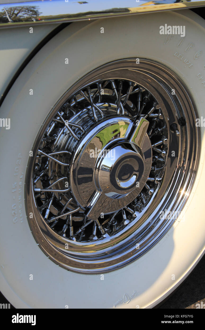 chrysler new torker classic car wheel - Stock Image