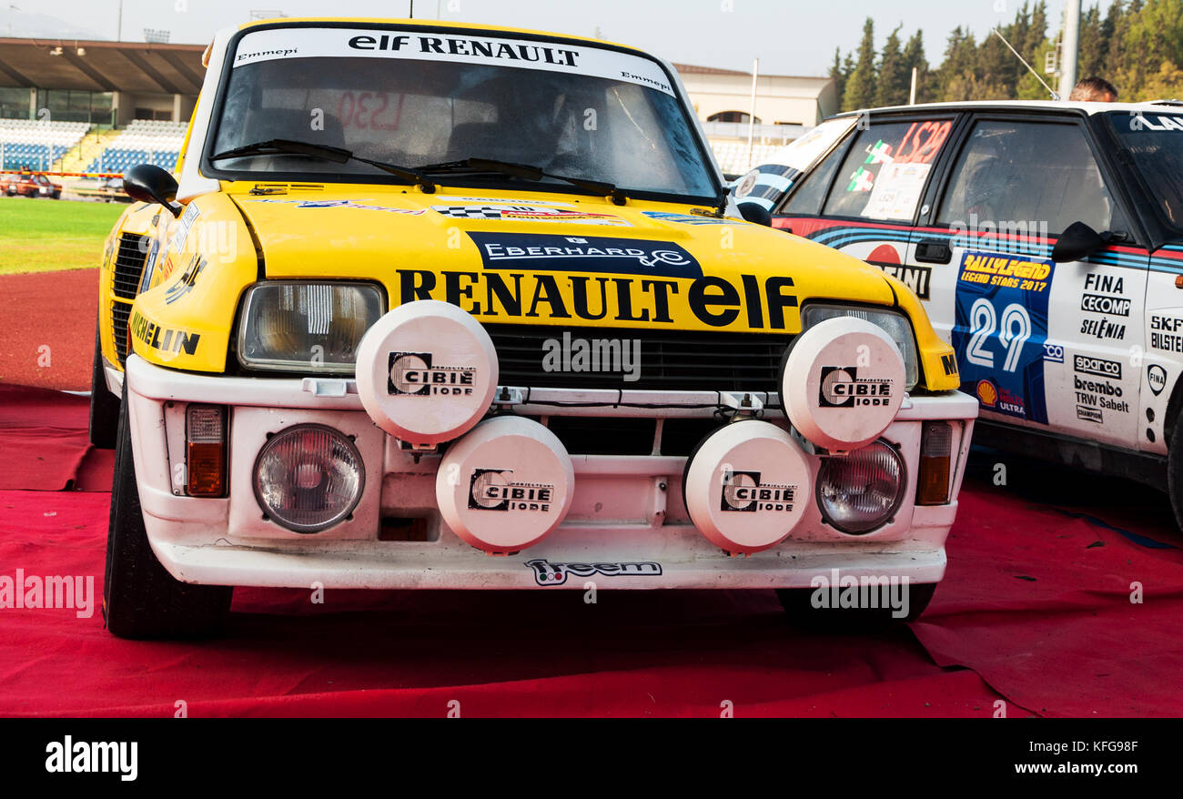 SANMARINO, SANMARINO - OTT 21, 2017 : RENAULT 5 GT TURBO 1982 in old racing car rally THE LEGEND 2017 the famous - Stock Image