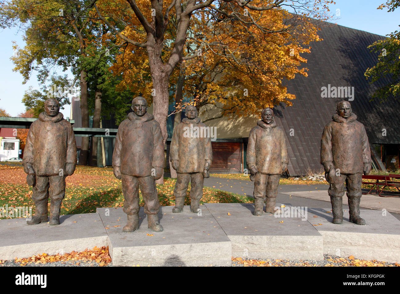 Statues at the Fram museum in Oslo, Norway to remember Roald Amundsen and his team, first to reach the South Pole - Stock Image