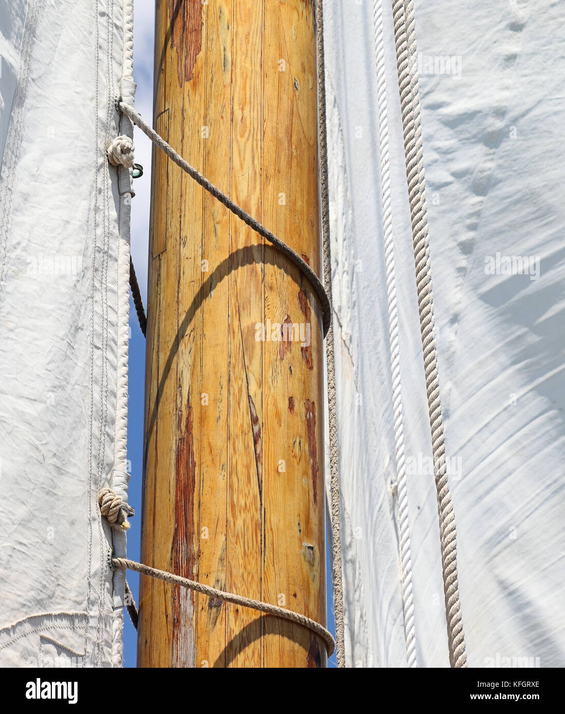 Sails, mast and rigging - Stock Image
