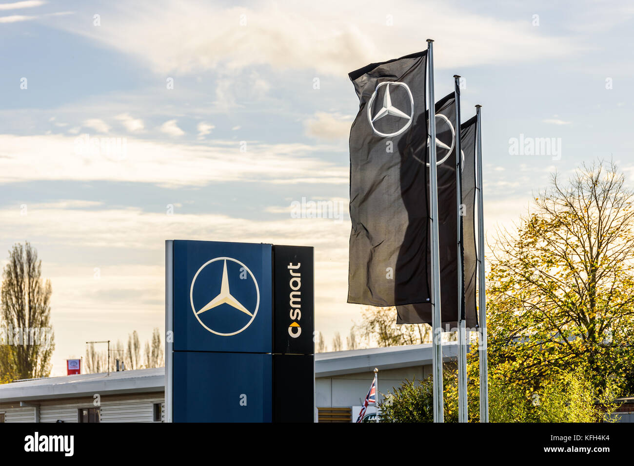 Northampton, UK   Oct 25, 2017: Day View Of Mercedes Benz Logo