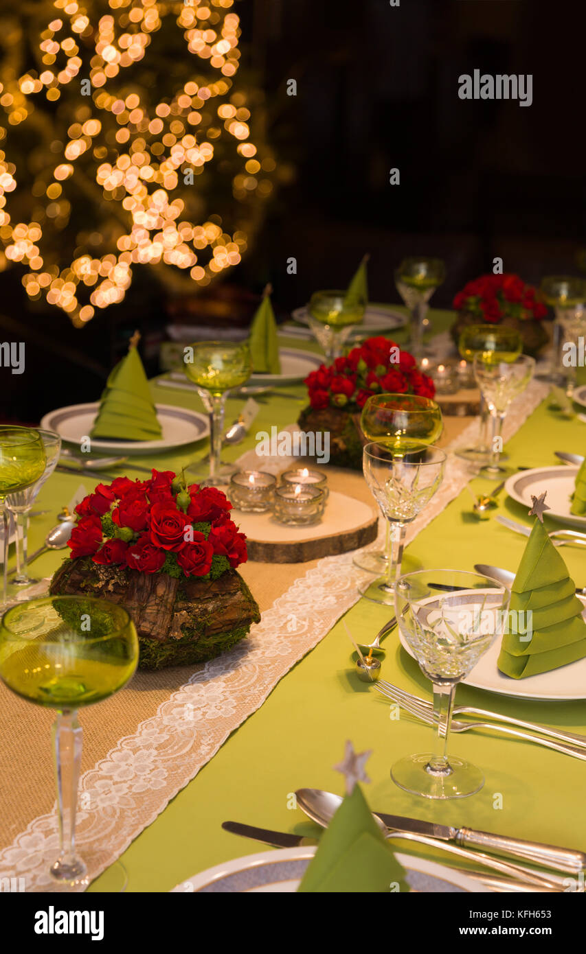 Festive Dinner Table With Flower Arrangements And Decor Napkins And Stock Photo Alamy