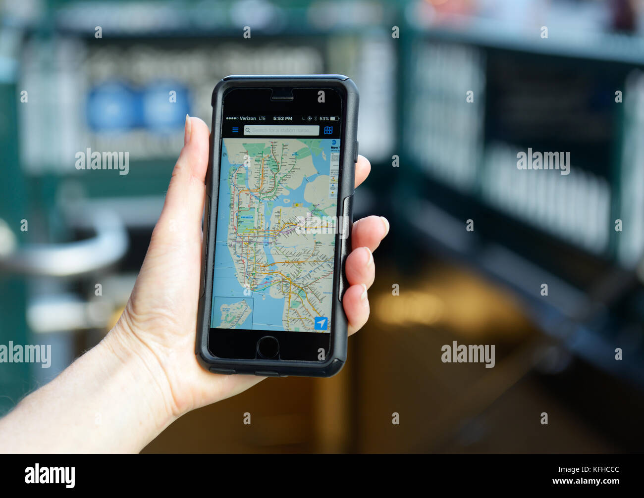 Subway map app application on mobile phone, New York City - Stock Image