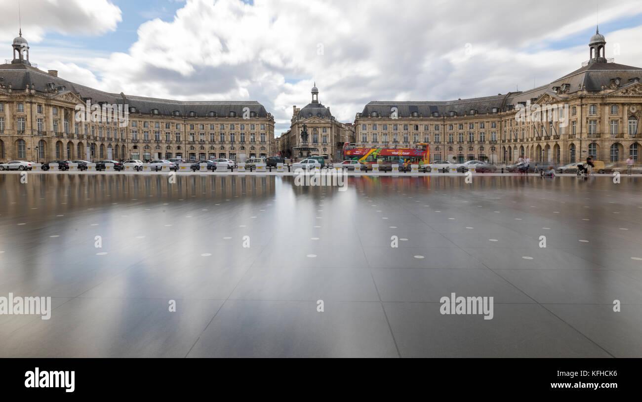Water Mirror, Le Miroir d'eau, the world's largest reflecting pool in Place de la Bourse, Burdeaux, France - Stock Image