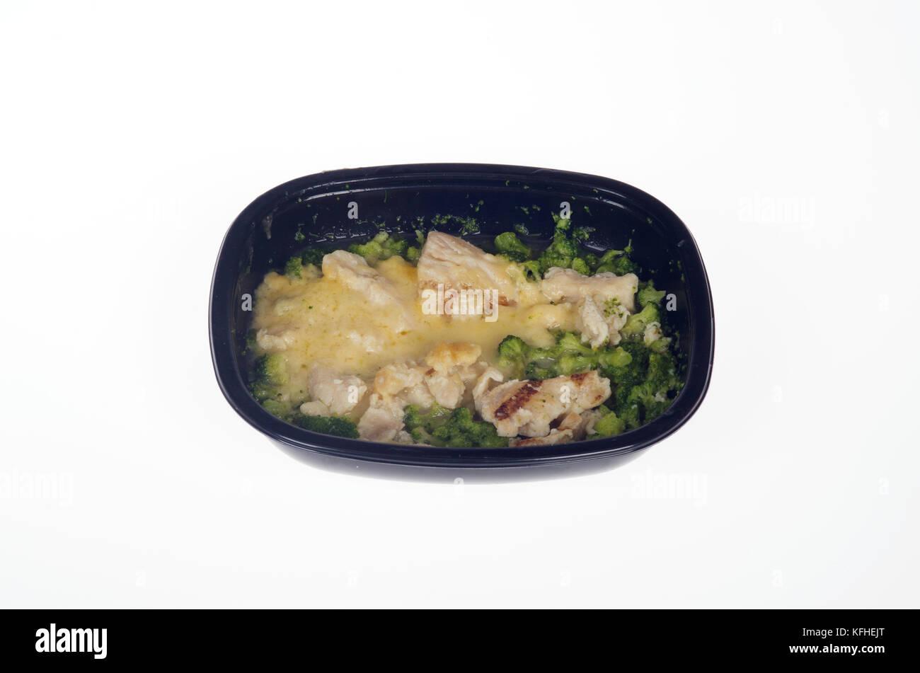 Microwaved Atkins Diet chicken tv dinner - Stock Image