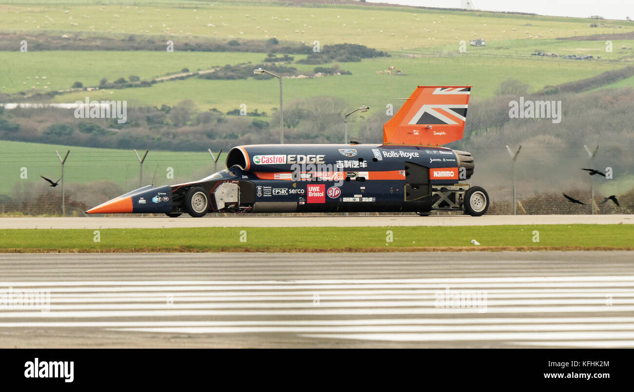 Newquay, Cornwall, UK. 29th October, 2017. Bloodhound SSC world record land speed contender trials under jet propulsion - Stock Image