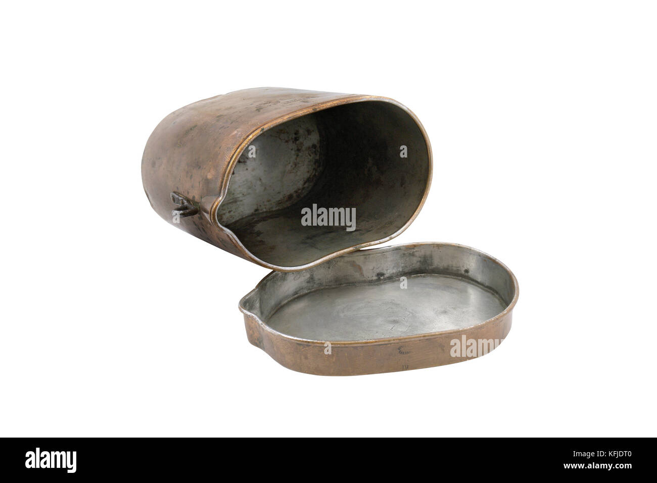 Copper mess-tin (pot) of Russian soldiers during WWI (1914-1918). Russia. - Stock Image