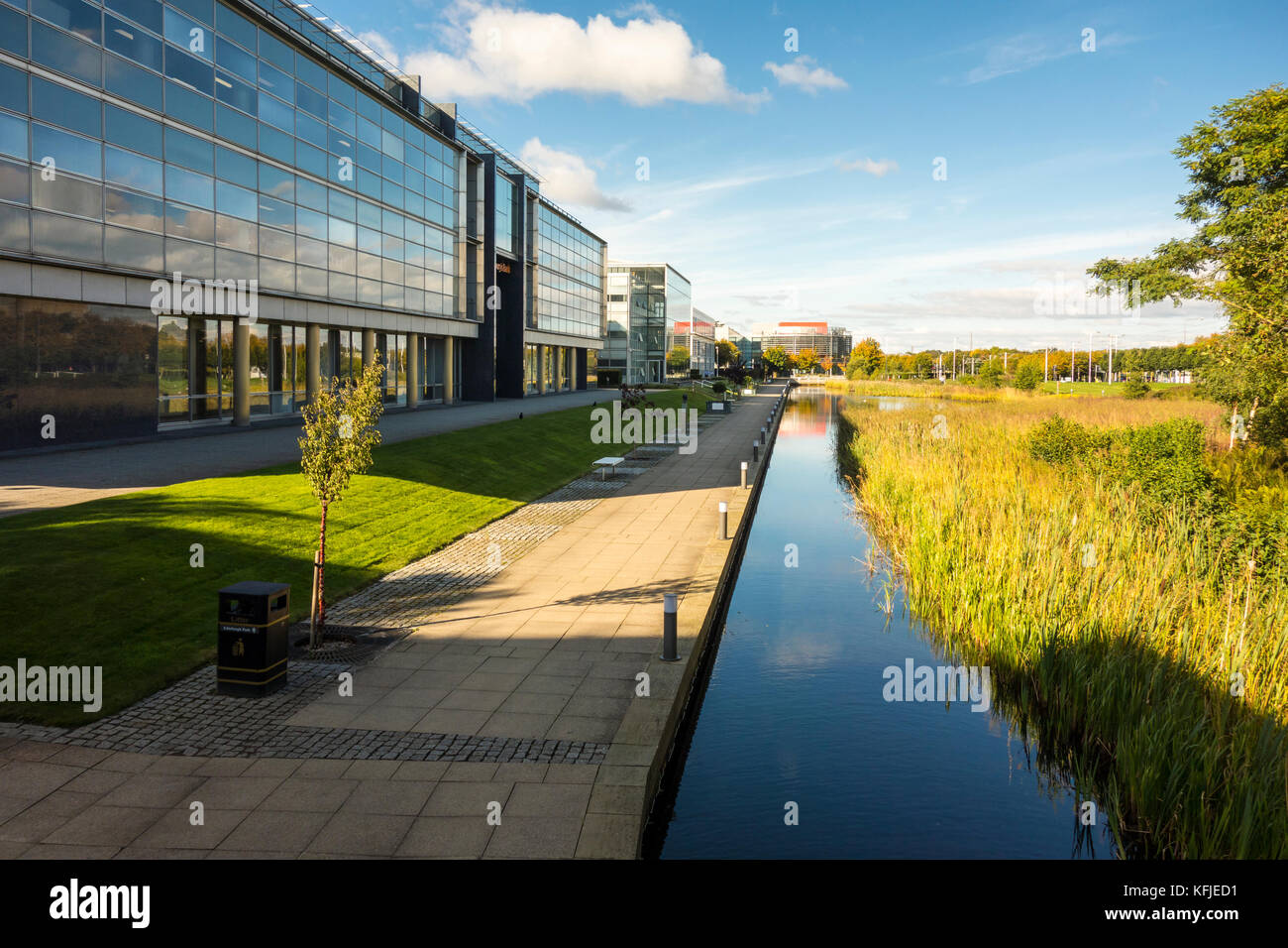 Edinburgh Park business park in South Gyle, Edinburgh, Scotland. Masterplan by architect Richard Meier. - Stock Image