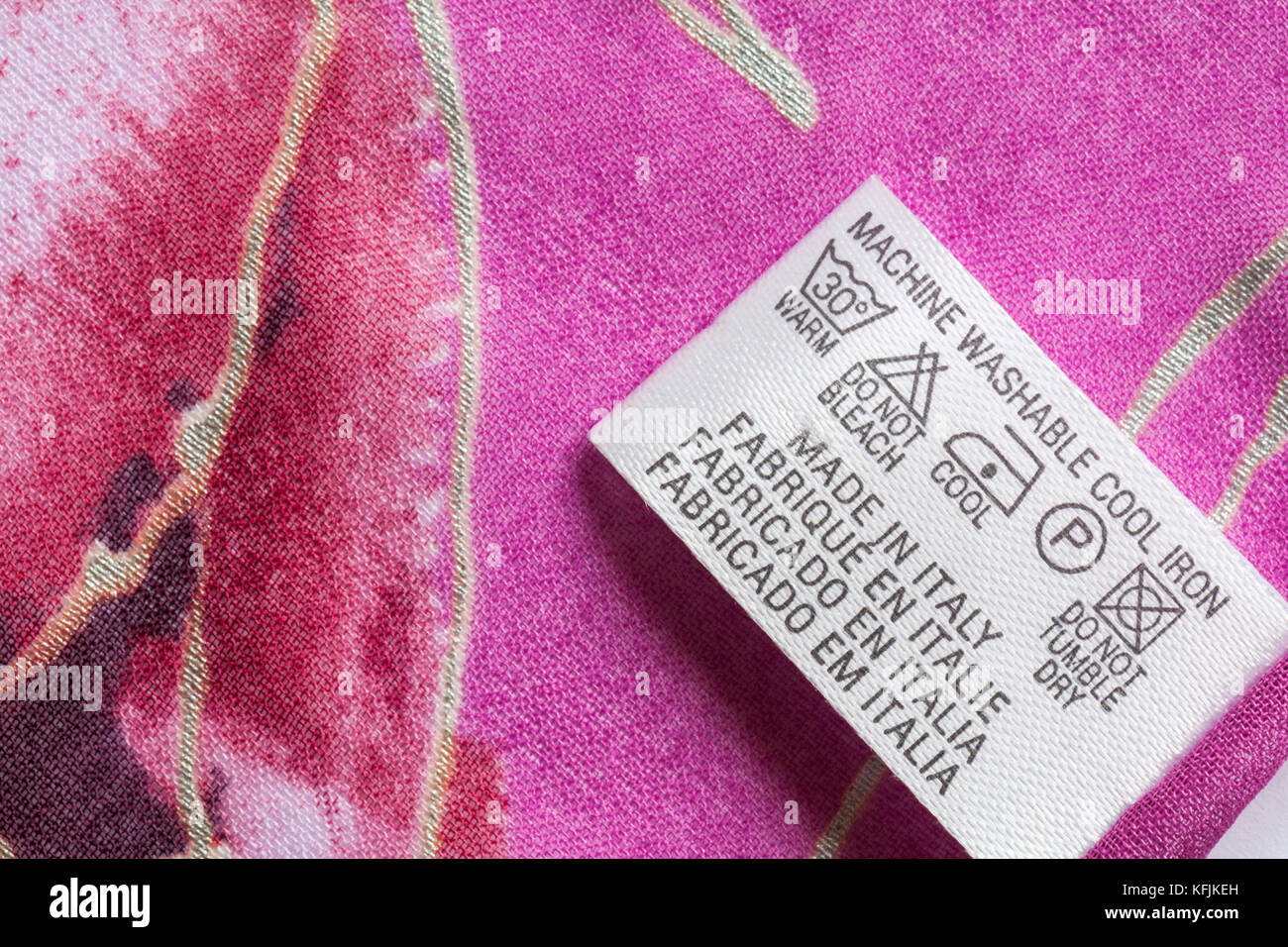 Wash Symbols Stock Photos & Wash Symbols Stock Images - Alamy