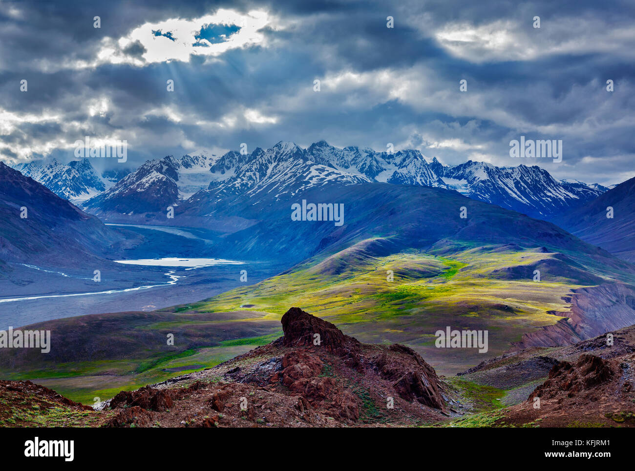 HImalayan landscape in Himalayas with river - Stock Image