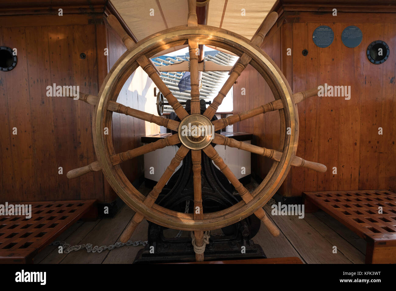 Ship's wheel on the Discovery ship berthed at Discovery Point  in Dundee ,Tayside, Scotland, - Stock Image