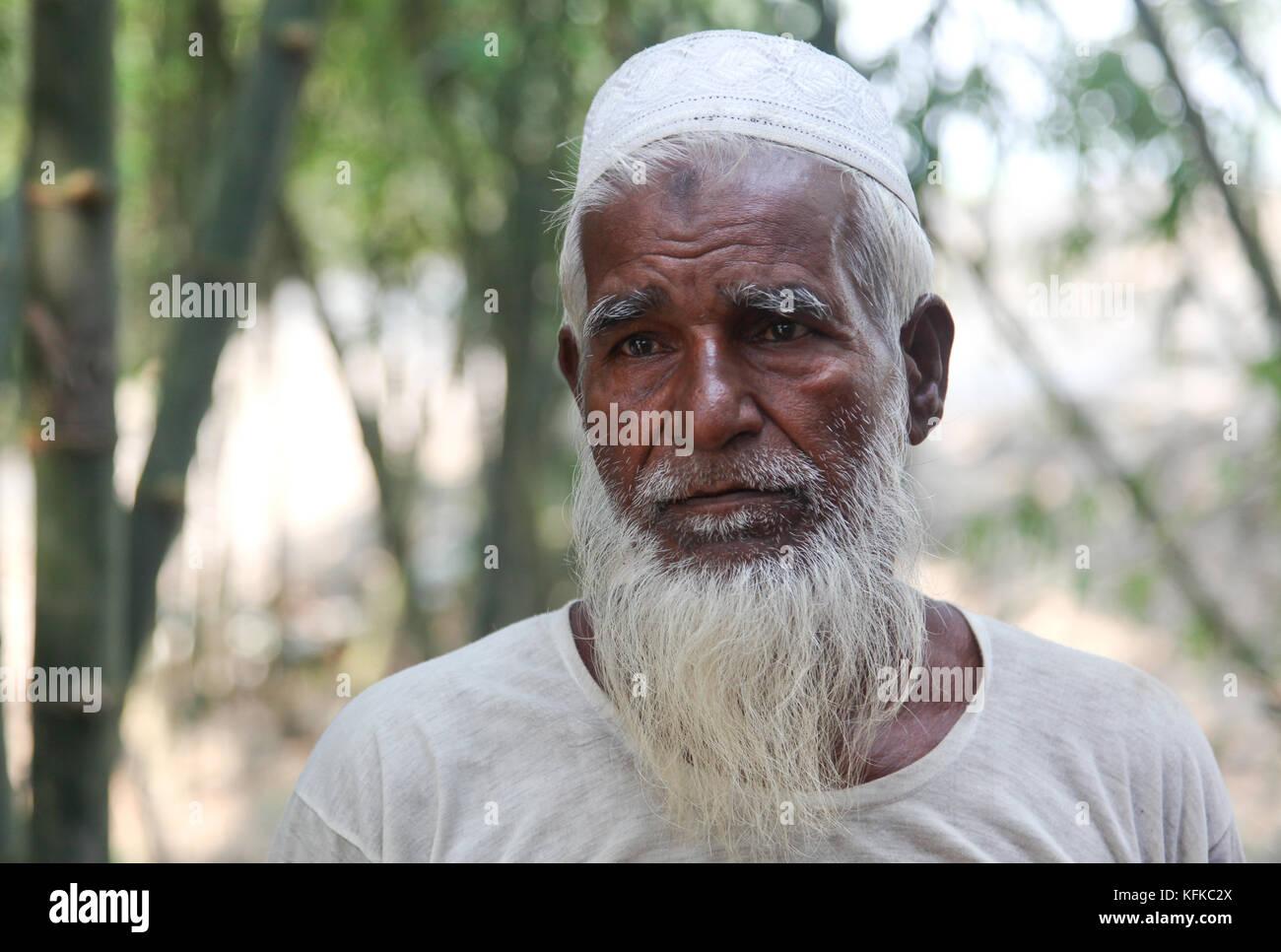 Elderly muslim man, Kalua village, Kurigram District, Bangladesh - Stock Image