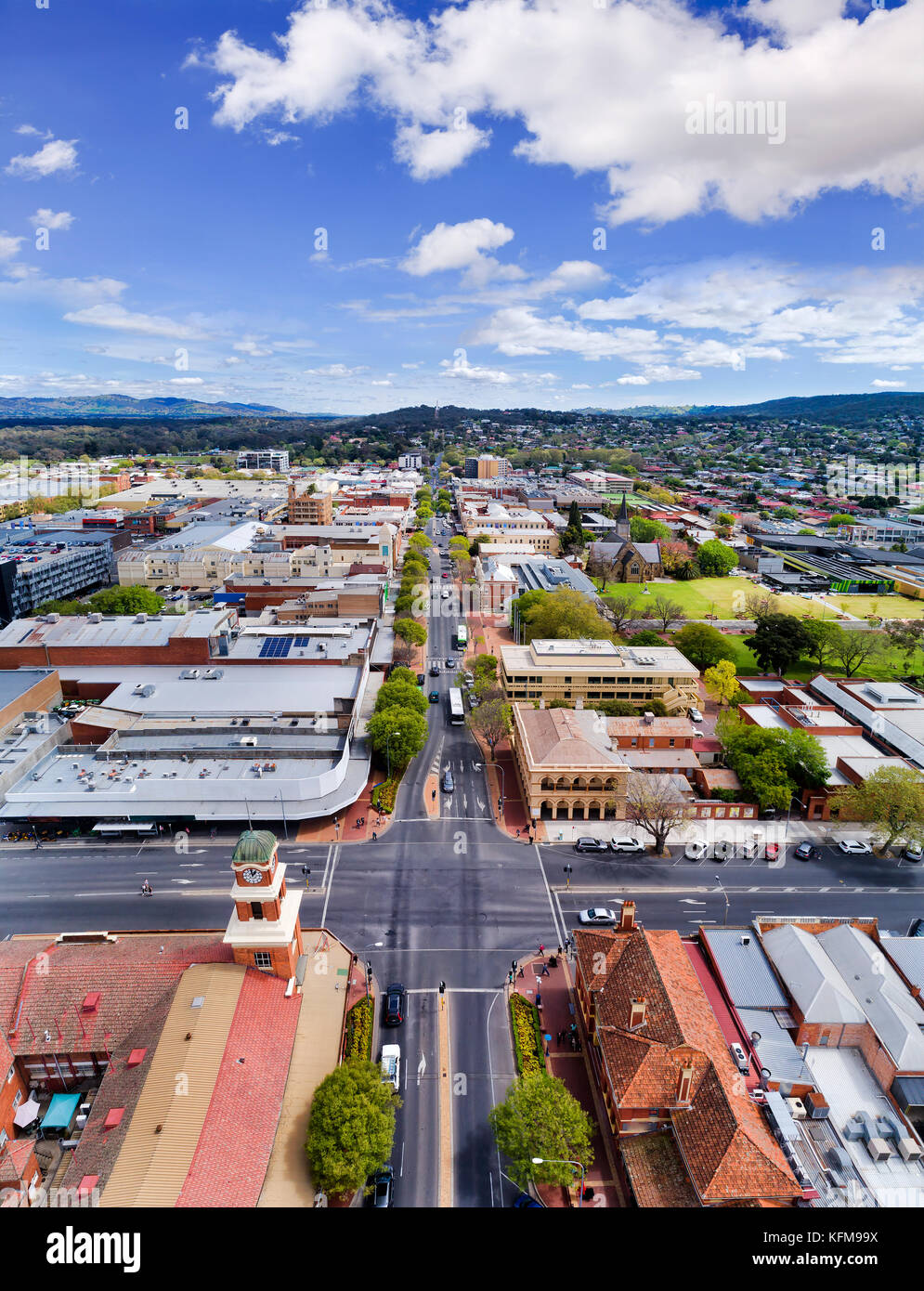 Aerial overhead view along Dean street in rural regional town of New South Wales - Albury. A town at NSW-Victoria - Stock Image