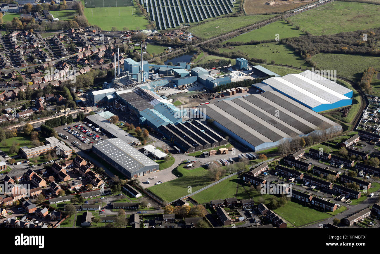 aerial view of the Ardagh Group glass & metal manufacturing factory at Knottingley, West Yorkshire, UK Stock Photo