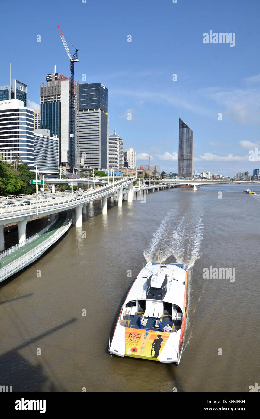 The Pacific Motorway as it passes through the centre of Brisbane, Queensland, Australia, beside the Brisbane River. - Stock Image
