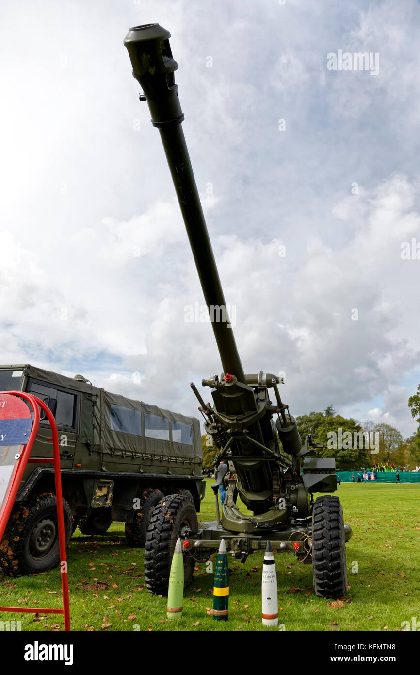 A British Army L118, 105mm Light Gun, on display at the Longleat Military Spectacular 2017 - Stock Image