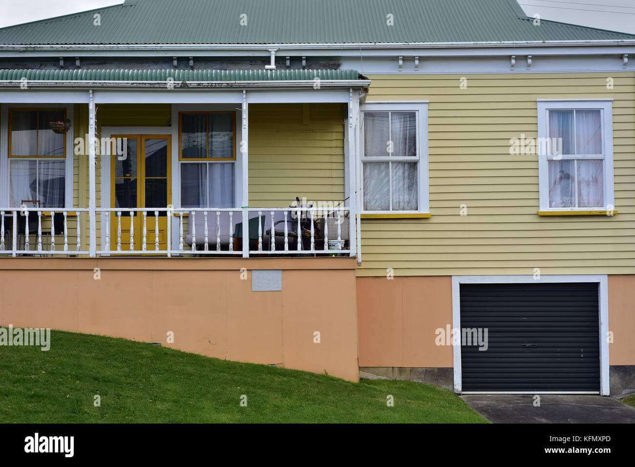 New Zealand Wooden Frame House High Resolution Stock Photography And Images Alamy