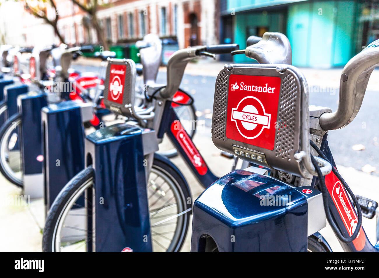 Santander cycles docking station, London, England, UK. - Stock Image