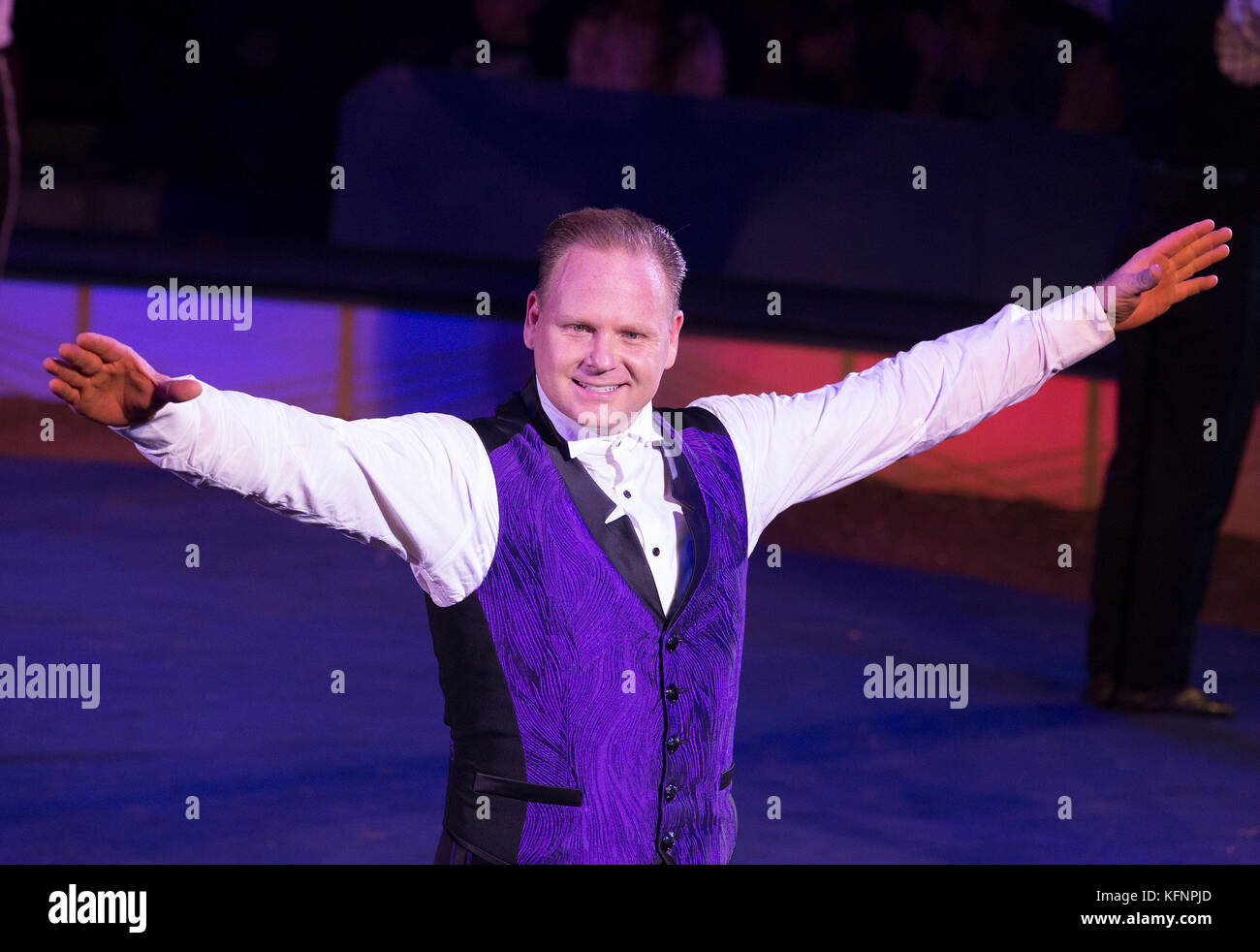 New York, United States. 29th Oct, 2017. Nik Wallenda high wire performs at Big Apple Circus opening night at Lincoln - Stock Image