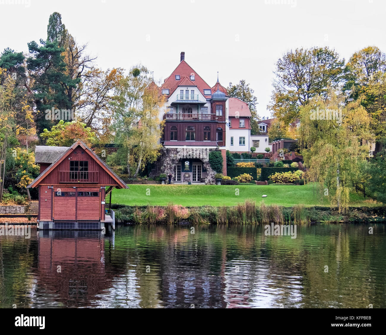 Midwest Luxury Lake Homes: Next To Lake Griebnitzsee Stock Photos & Next To Lake