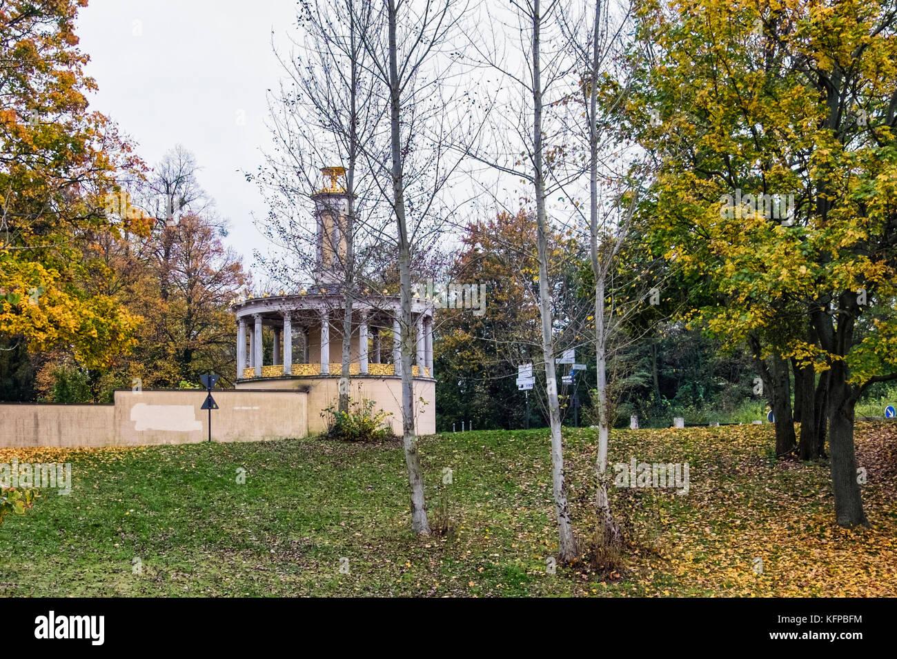 Berlin, Wannsee, Glienicke Park. Rotunda, round summerhouse next to Glienicke Bridge built for Prince Charles of - Stock Image