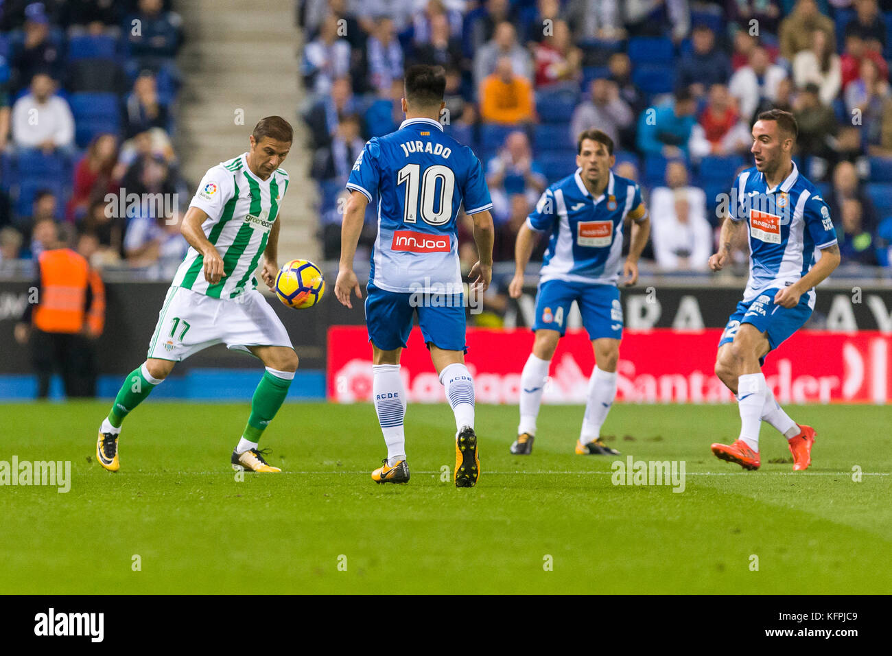 Barcelona, Spain. 30th Oct, 2017. Real Betis Balompie midfielder Joaquin (17) during the match between RCD Espanyol - Stock Image