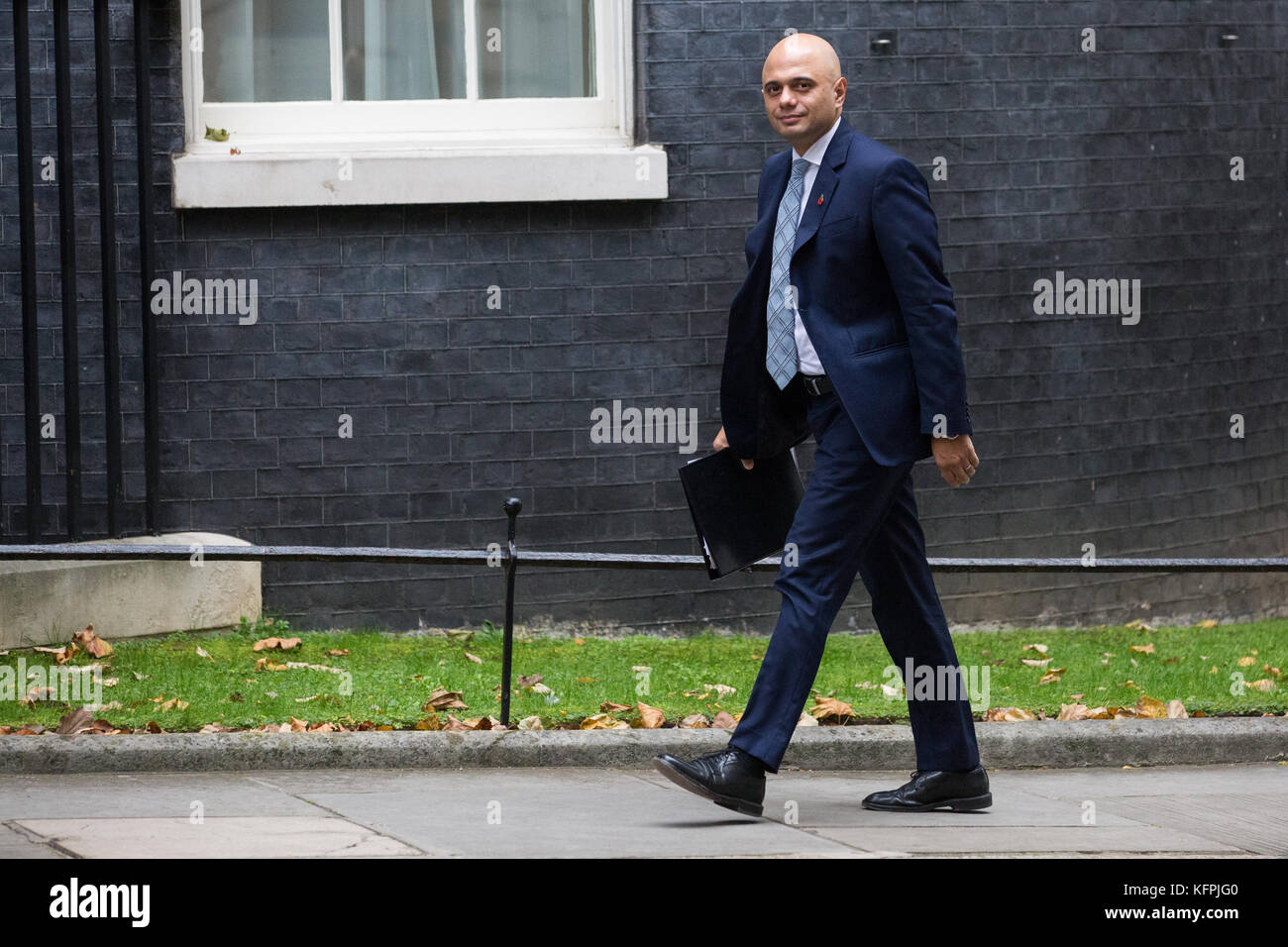 London, UK. 31st Oct, 2017. Sajid Javid MP, Secretary of State for Communities and Local Government, arrives at - Stock Image