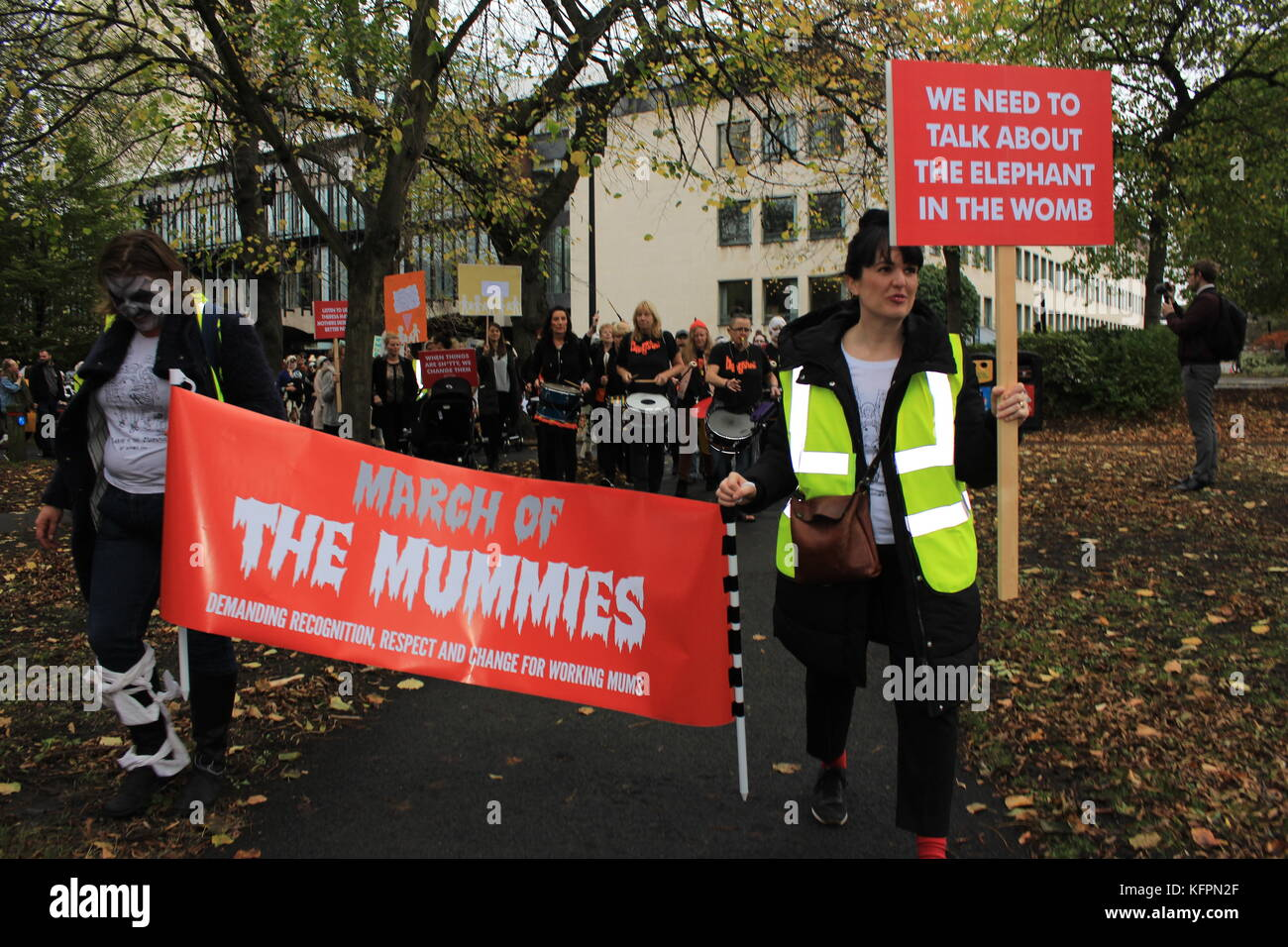 Newcastle, UK. 31st October, 2017. 'March of the Mummies' People across the UK marched in support of better - Stock Image