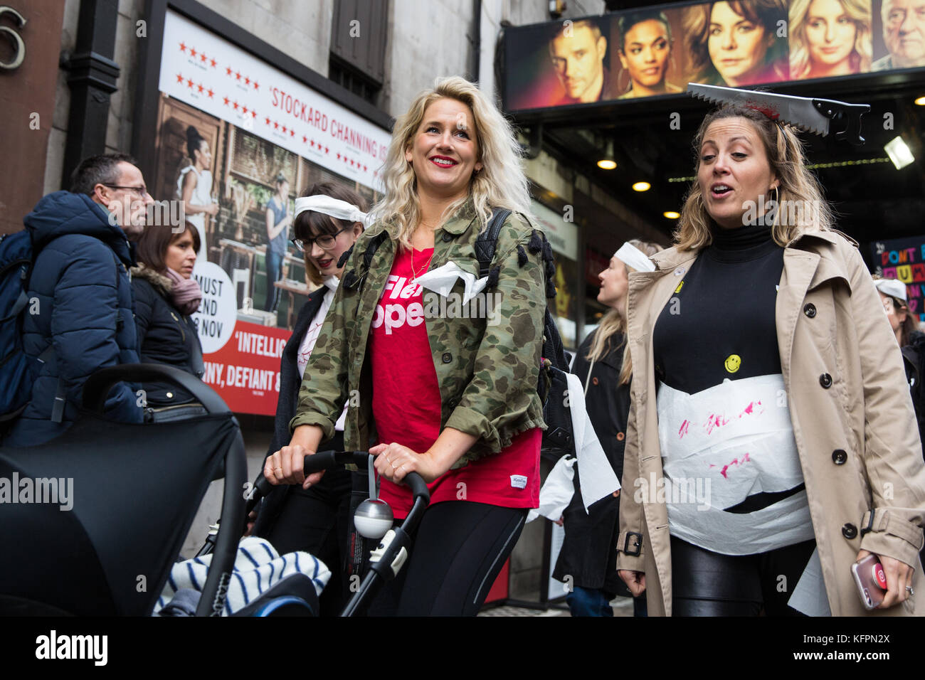 London, UK. 31st October, 2017. Anna Whitehouse, Vlogger, takes part in the March of the Mummies with supporters - Stock Image