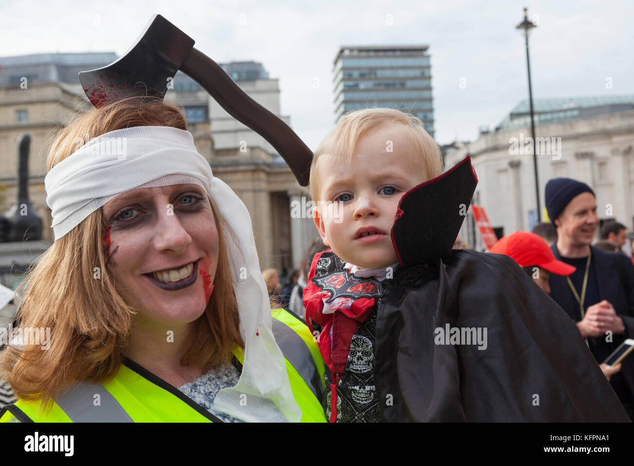 London, UK. 31st October, 2017. Campaigners stage a demonstration dressed up as (Egyptian) mummies in support of Stock Photo