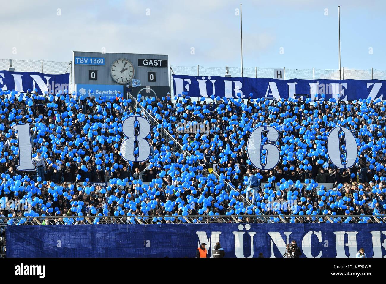 1860 Fanblock,Fans,Fussballfans, Choreogaphie Fussball Regionalliga Bayern: TSV Munich 1860-SpVgg Bayreuth 3-0, - Stock Image