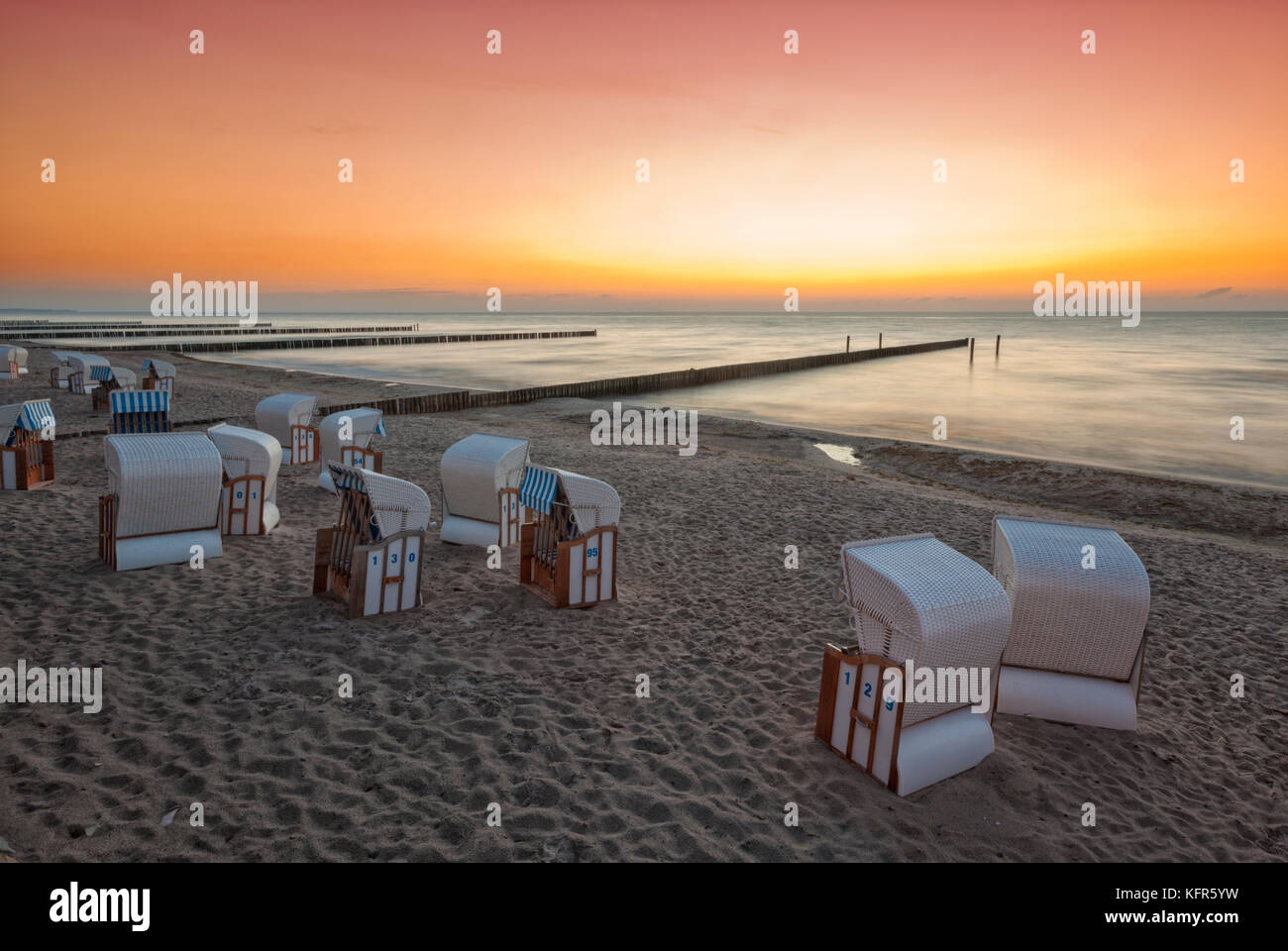 Sunset at Baltic Sea beach of Nienhagen, Mecklenburg-West Pomerania - Stock Image