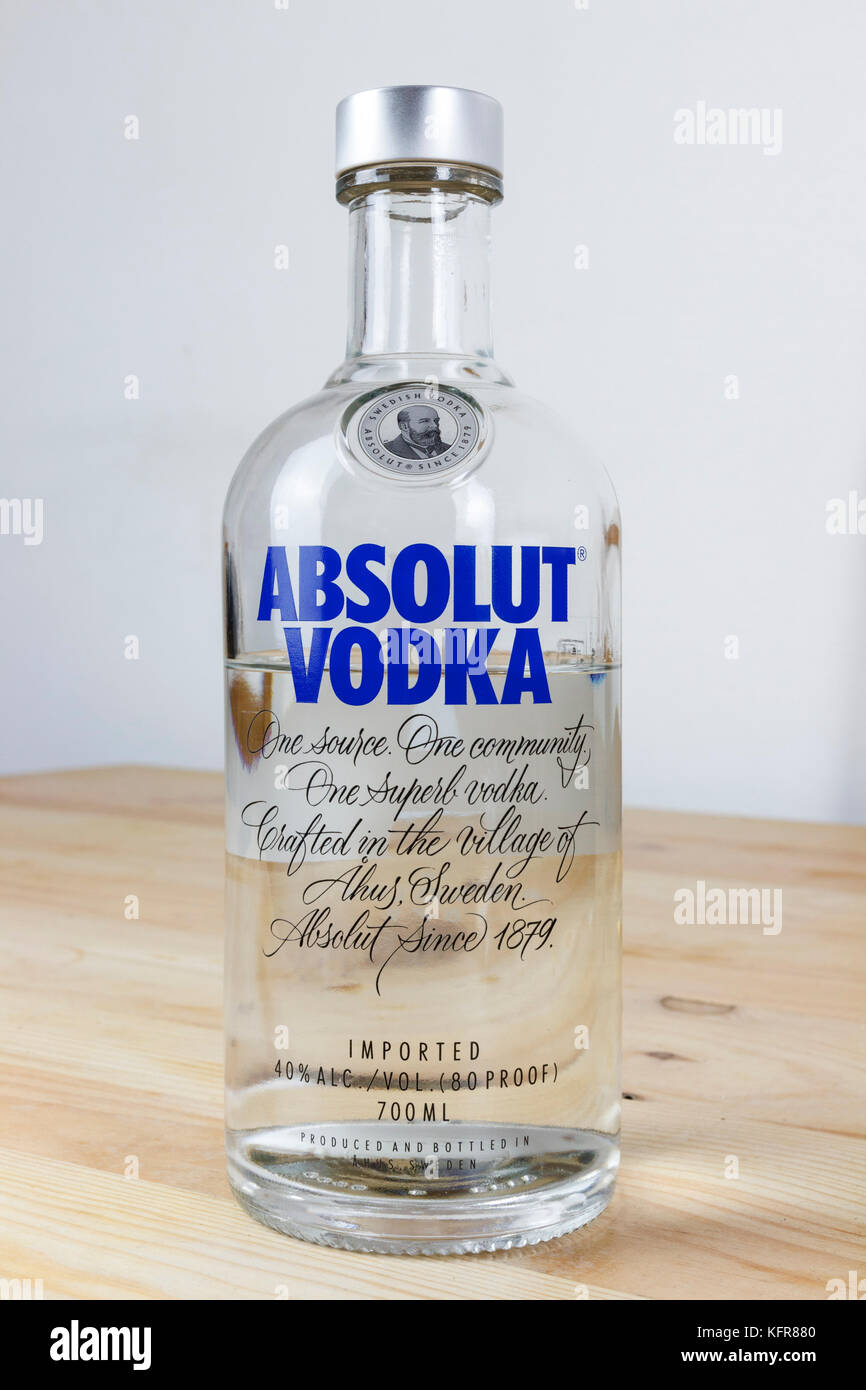 Absolut Vodka Bottle Stock Photos & Absolut Vodka Bottle Stock