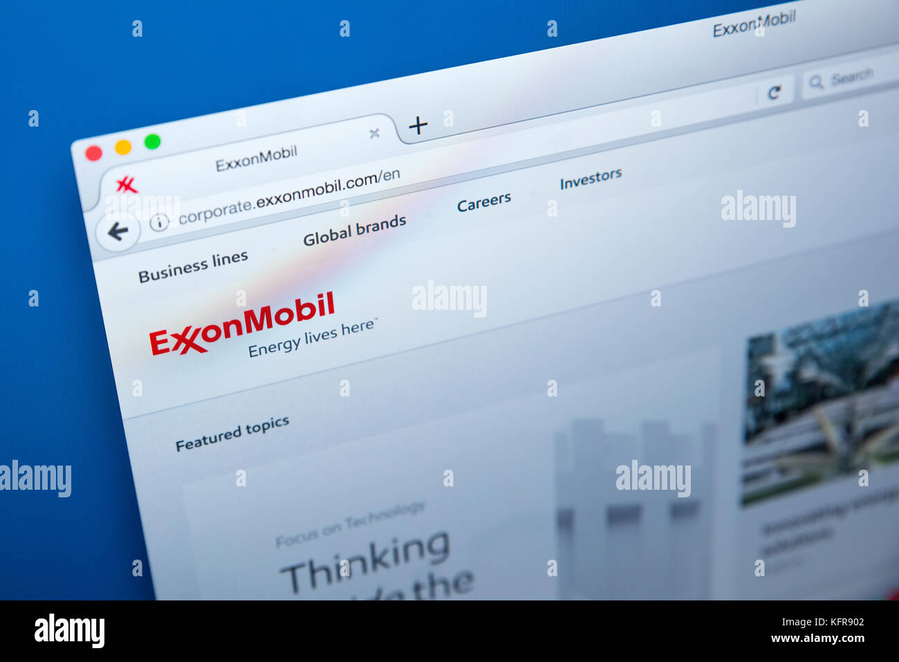 LONDON, UK - OCTOBER 26TH 2017: The homepage of the official website for ExxonMobil - the American oil and gas corporation, - Stock Image