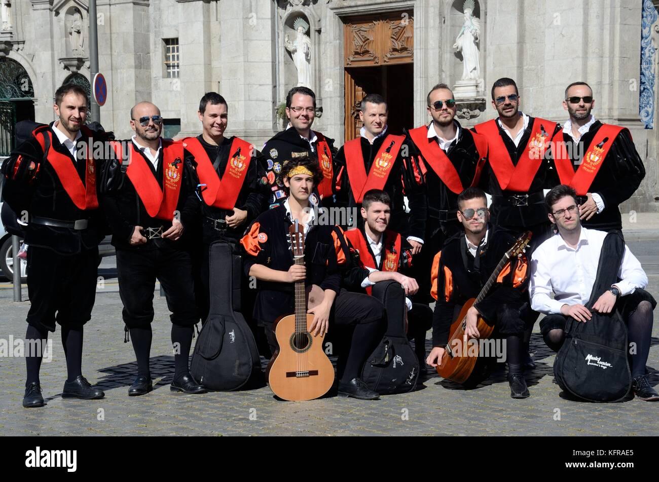Spanish Costume Stock Photos & Spanish Costume Stock ...
