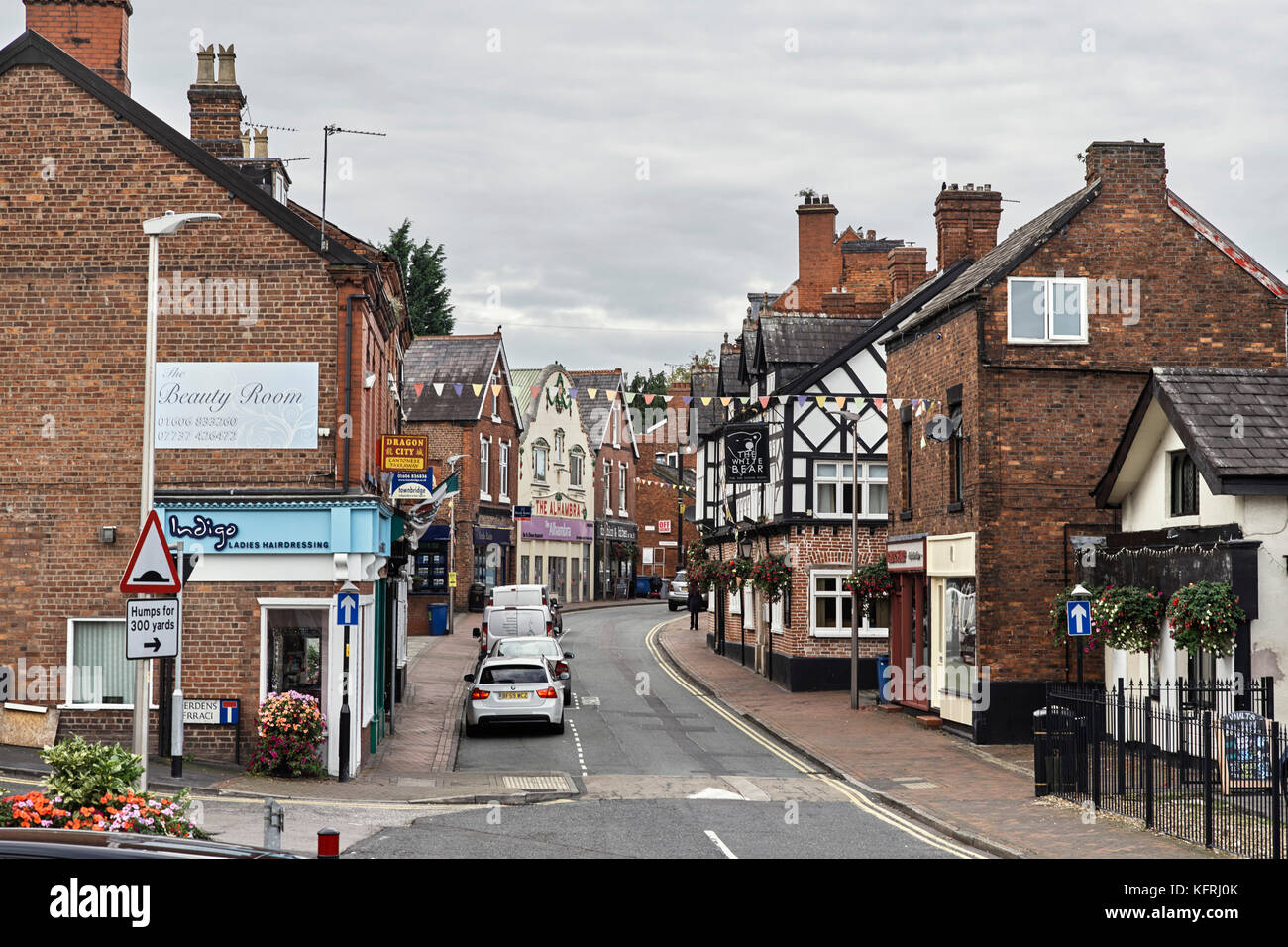 Wheelock Street in Middlewich with shops and restaurants - Stock Image