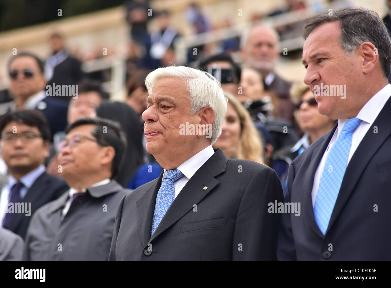 Athens, Greece. 31st Oct, 2017. President of Hellenic Republic Prokopis Pavlopoulos (left) with the President of Stock Photo