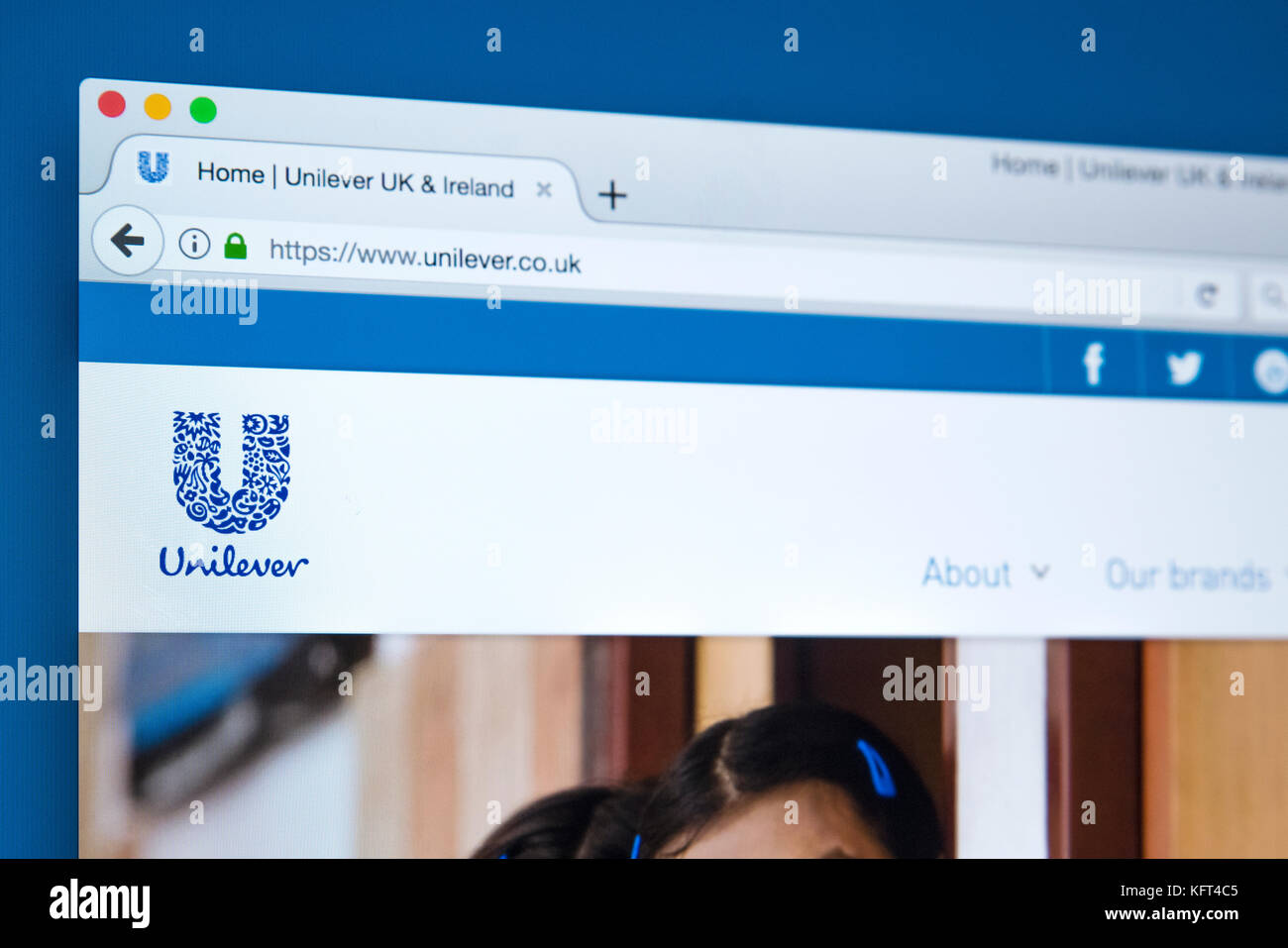 LONDON, UK - OCTOBER 17TH 2017: The homepage of the official website for Unilever - the transnational consumer goods - Stock Image