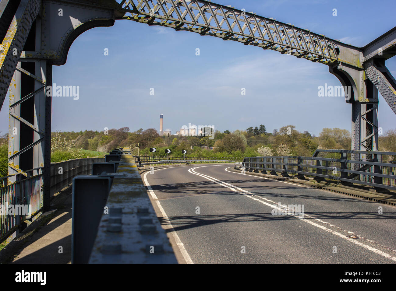 Carlton Bridge crossing over the River Aire on the A1041 north of Snaith with a view of Drax in the background Stock Photo