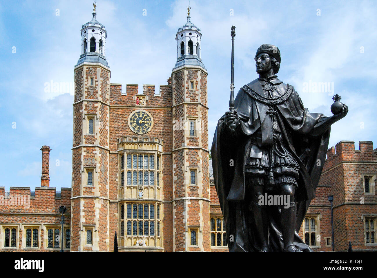 Statue of Henry VI (founder) and Lupton's Tower, School Yard, Eton College, Eton, Berkshire, England, United - Stock Image