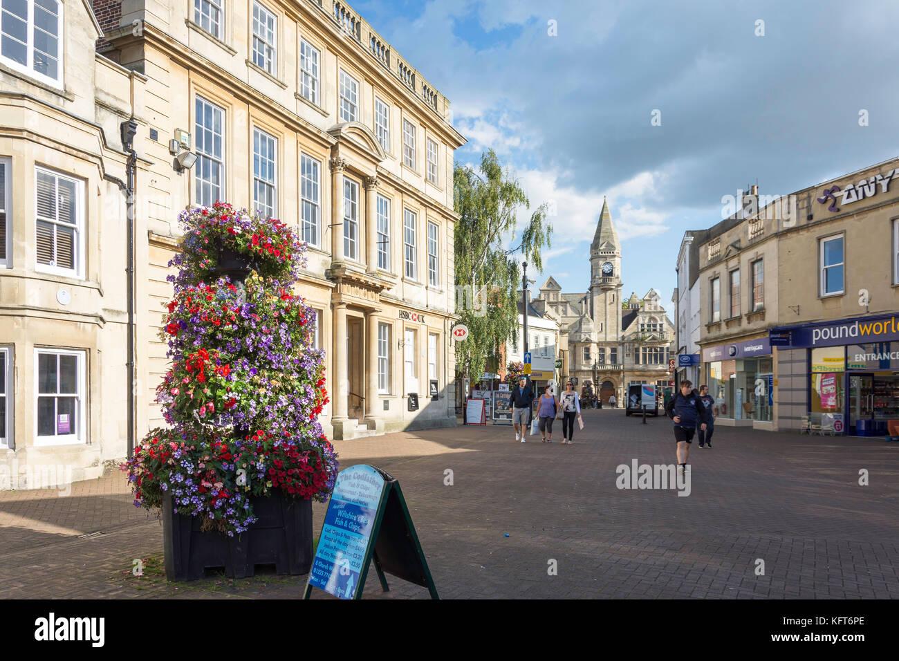 Fore Street, Trowbridge, Wiltshire, England, United Kingdom - Stock Image