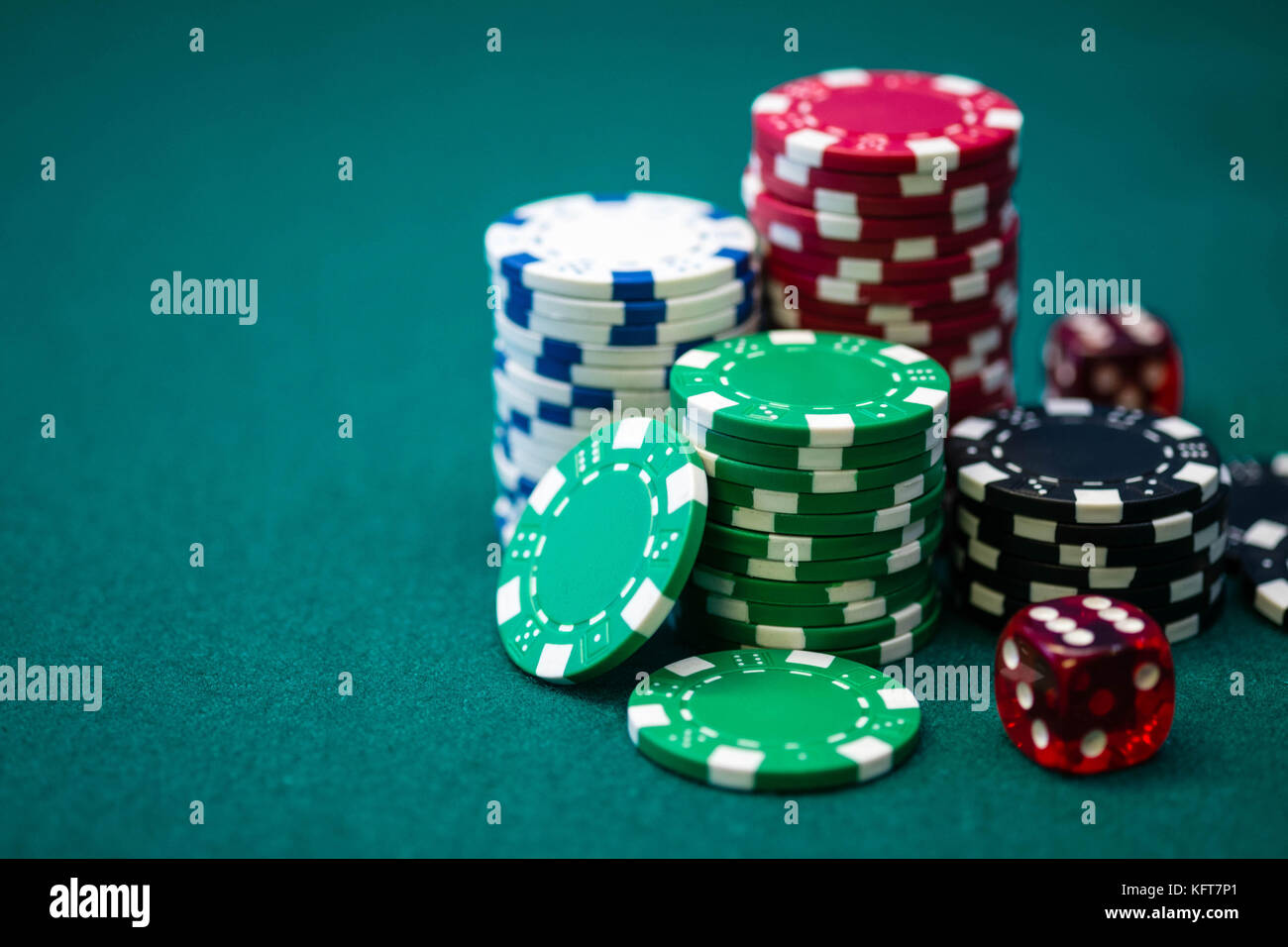 Poker Wallpaper High Resolution Stock Photography And Images Alamy