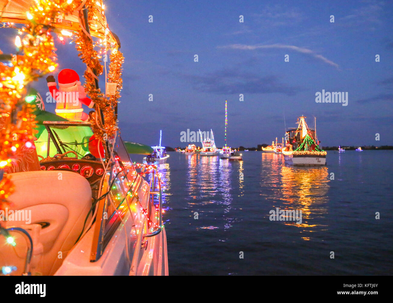 Christmas Boat Parade Stock Photos & Christmas Boat Parade Stock ...