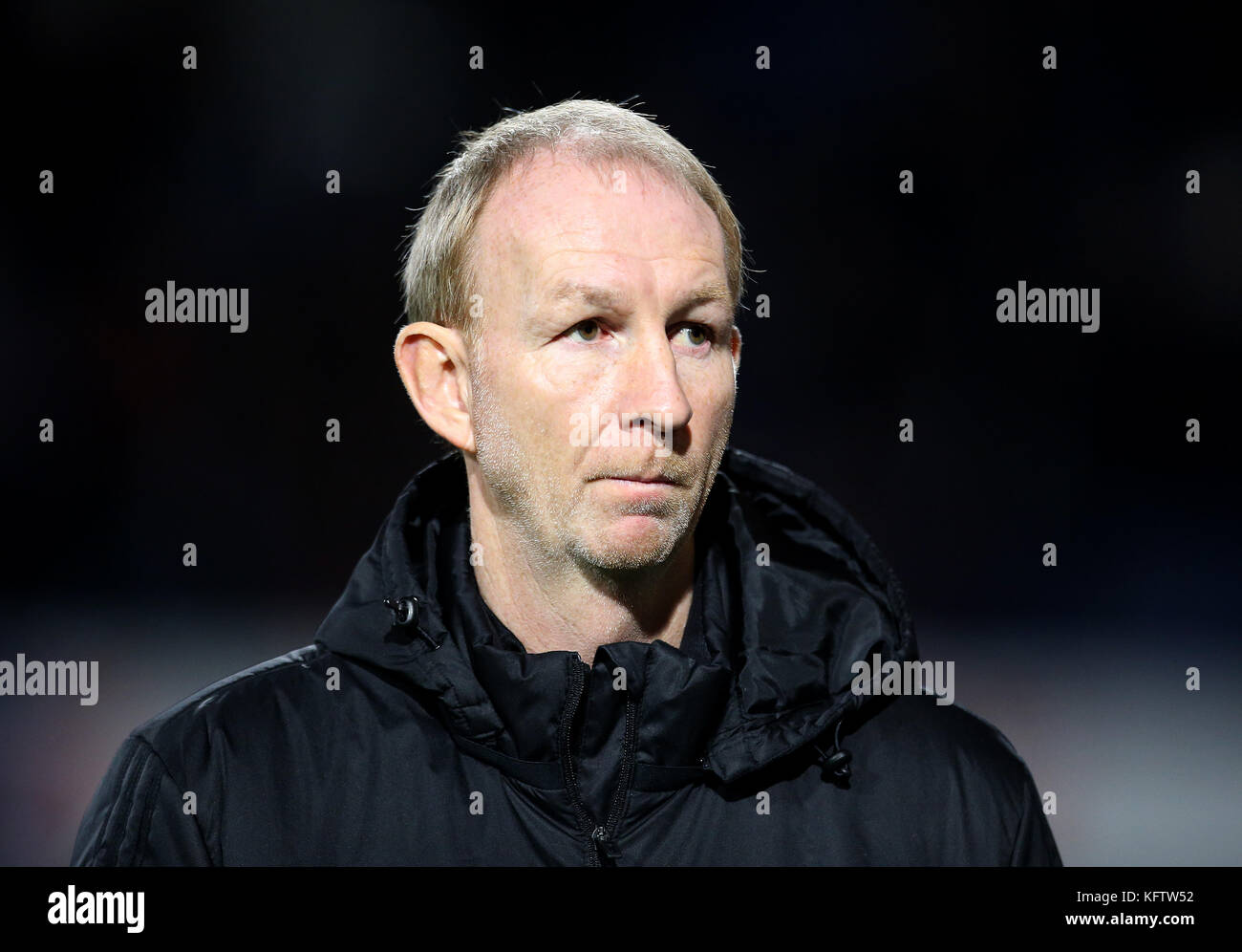 Sheffield United assistant manager Alan Knill during the Sky Bet Championship match at Loftus Road, London. - Stock Image