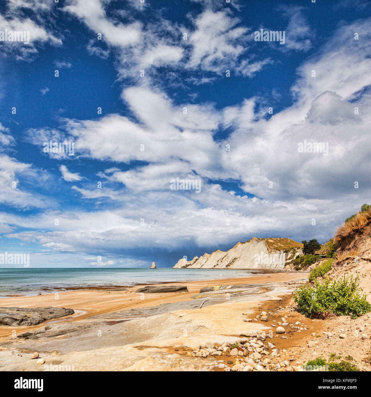 The dramatic scenery of Cape Kidnappers, Hawkes Bay, New Zealand. - Stock Image