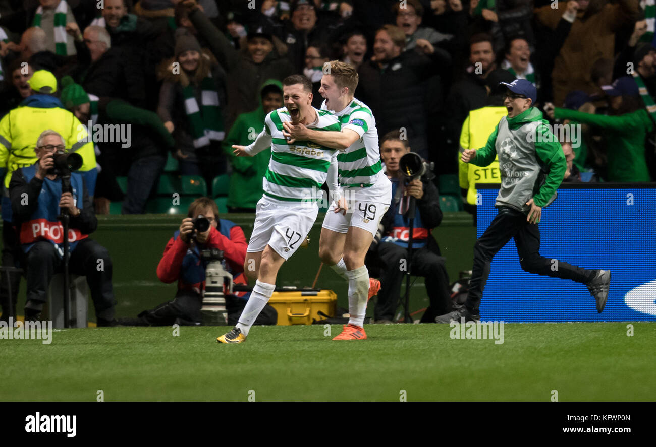 Glasgow, UK. 31st Oct, 2017. Callum McGregor (L) and James Forrest of Glasgow cheer over the 1-1 equalizing score - Stock Image