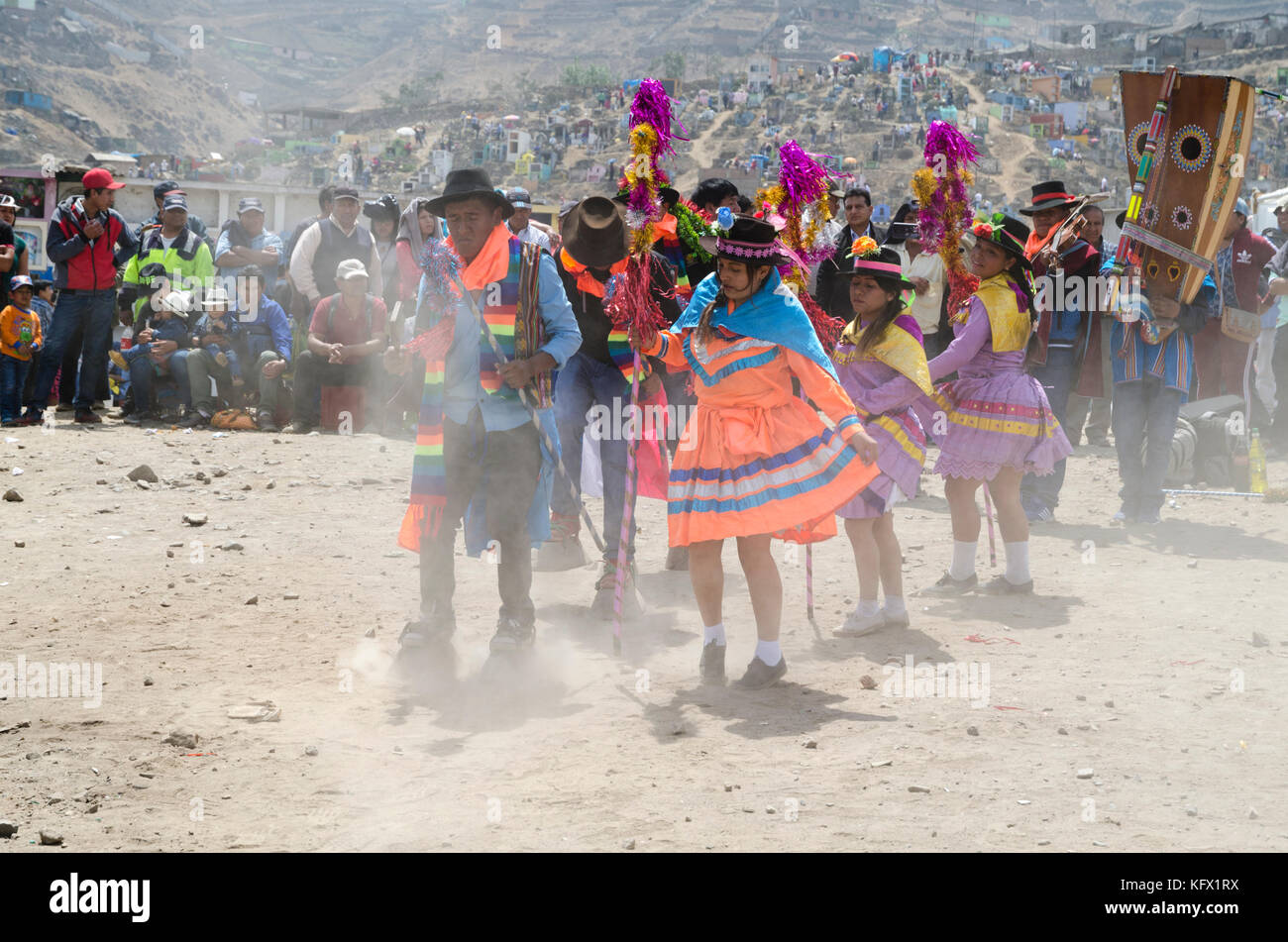 Celebration of All Saints' Day in a Lima Cemetery, Peru / Día de los Muertos en el Cementerio de Villa - Stock Image