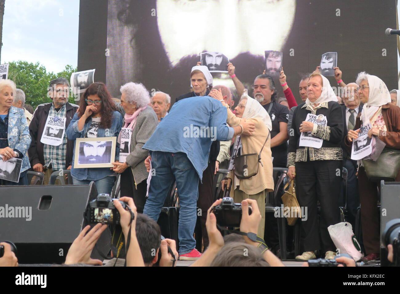 Buenos Aires, Argentina. 02nd Nov, 2017. Sergio Maldonado (C-L) participates next to Mothers of the Plaza de Mayo - Stock Image